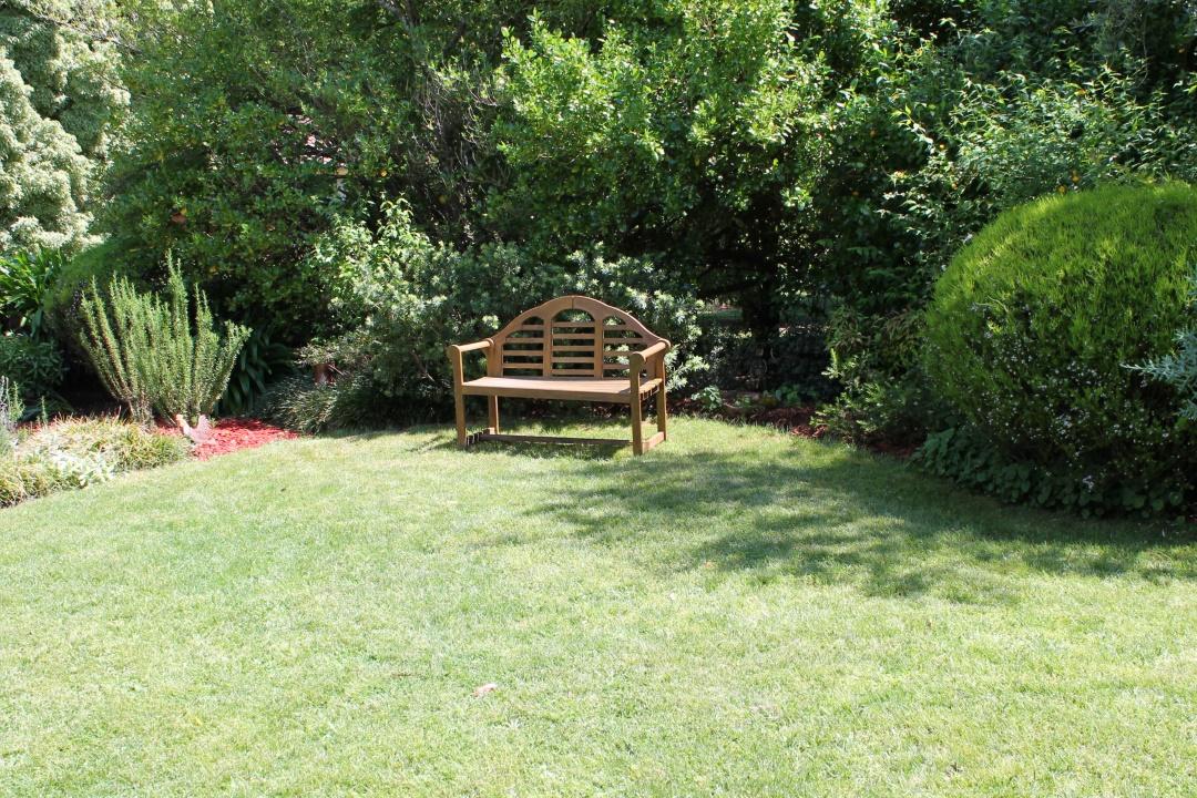 A garden seat.